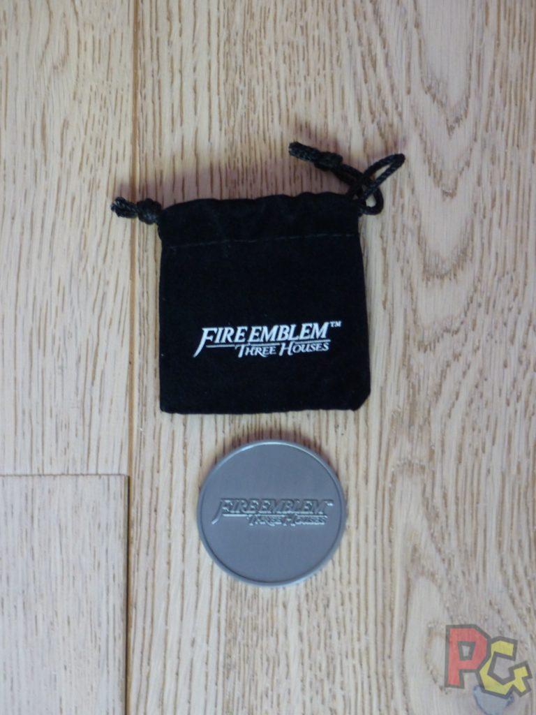 Unboxing Fire Emblem Three Houses - pièce face