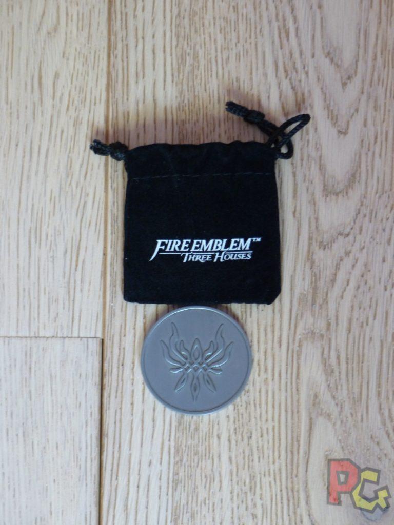 Unboxing Fire Emblem Three Houses - pièce pile